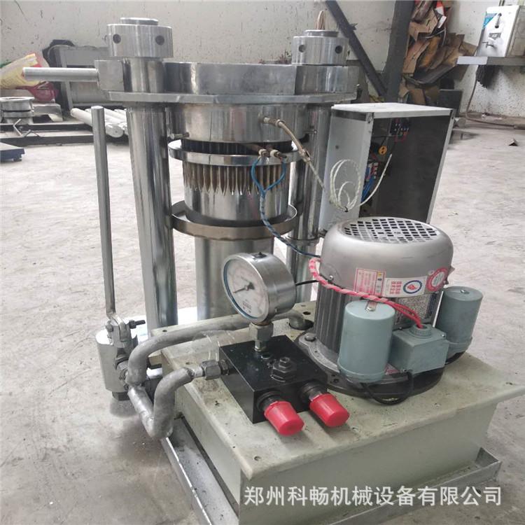 低价狂潮河南榨油机配件 新型全自动榨油机220v 大型多功能榨油机